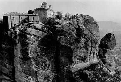 Maps and Guide to the Meteora Monasteries near Kalambaka, Greece.